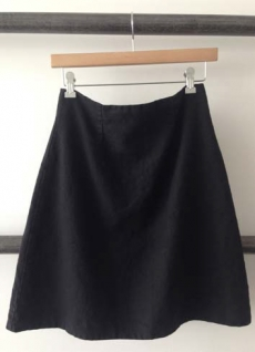 ZIPPER HEAVY LINEN SKIRT