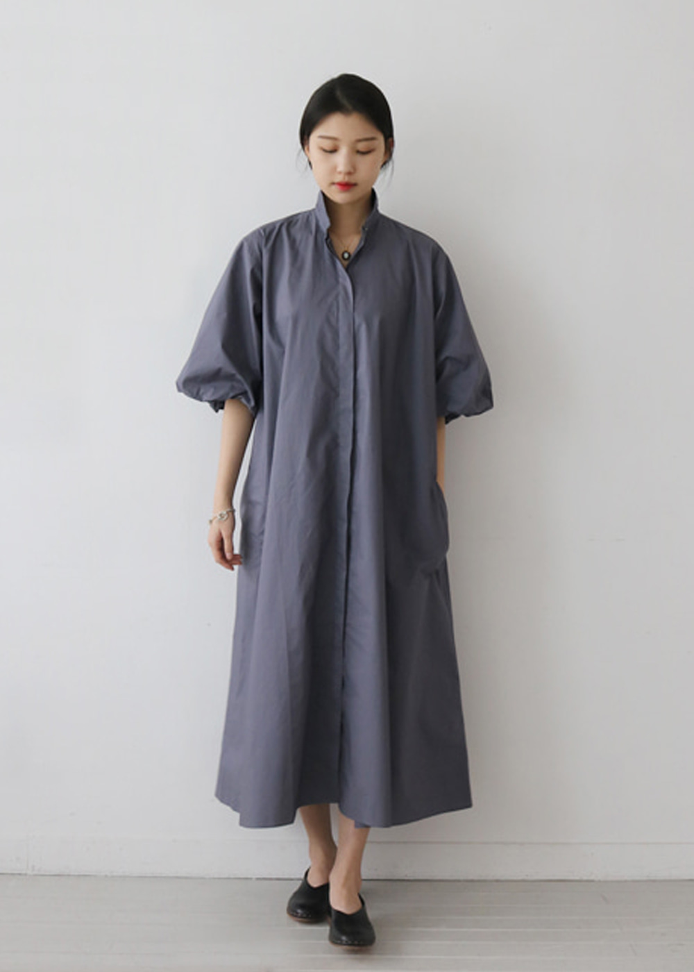 DEPARTURE DRESS WITH PUFF SLEEVES AND SHIRT COLLAR