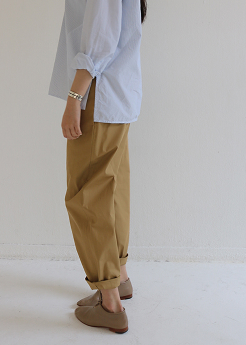 PIURA LOW CROTCH CASUAL PANTS