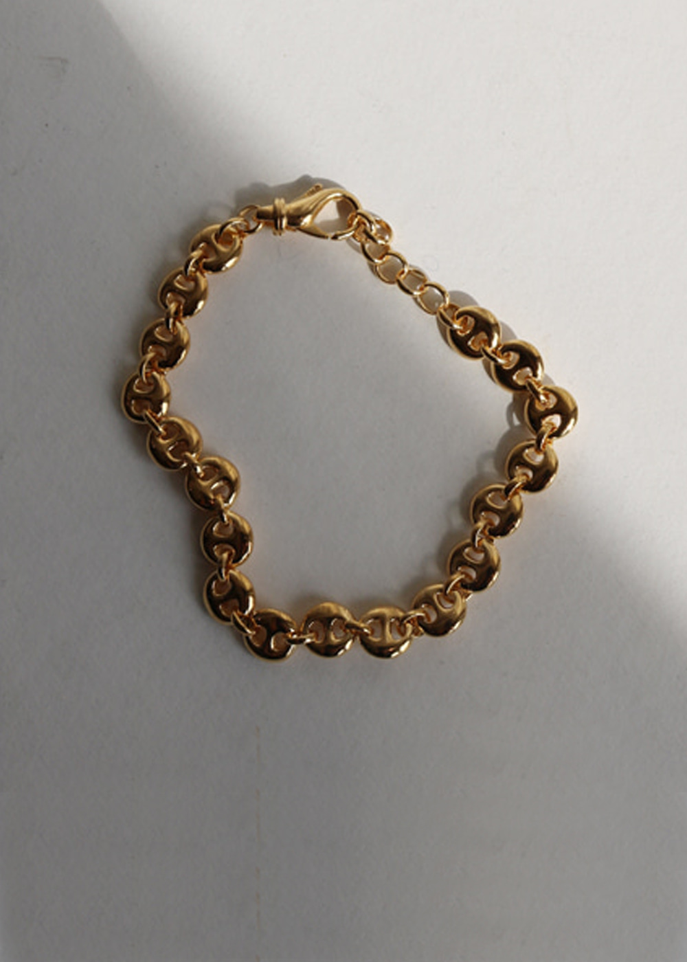 GOLD SMALL CIRCLE LINK BRACELET