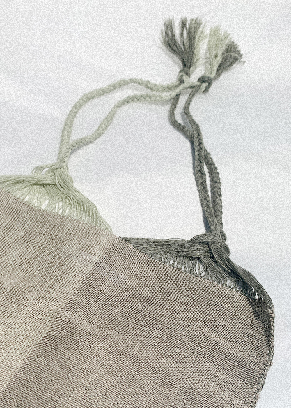HANDWOVEN BAG - mint / khaki
