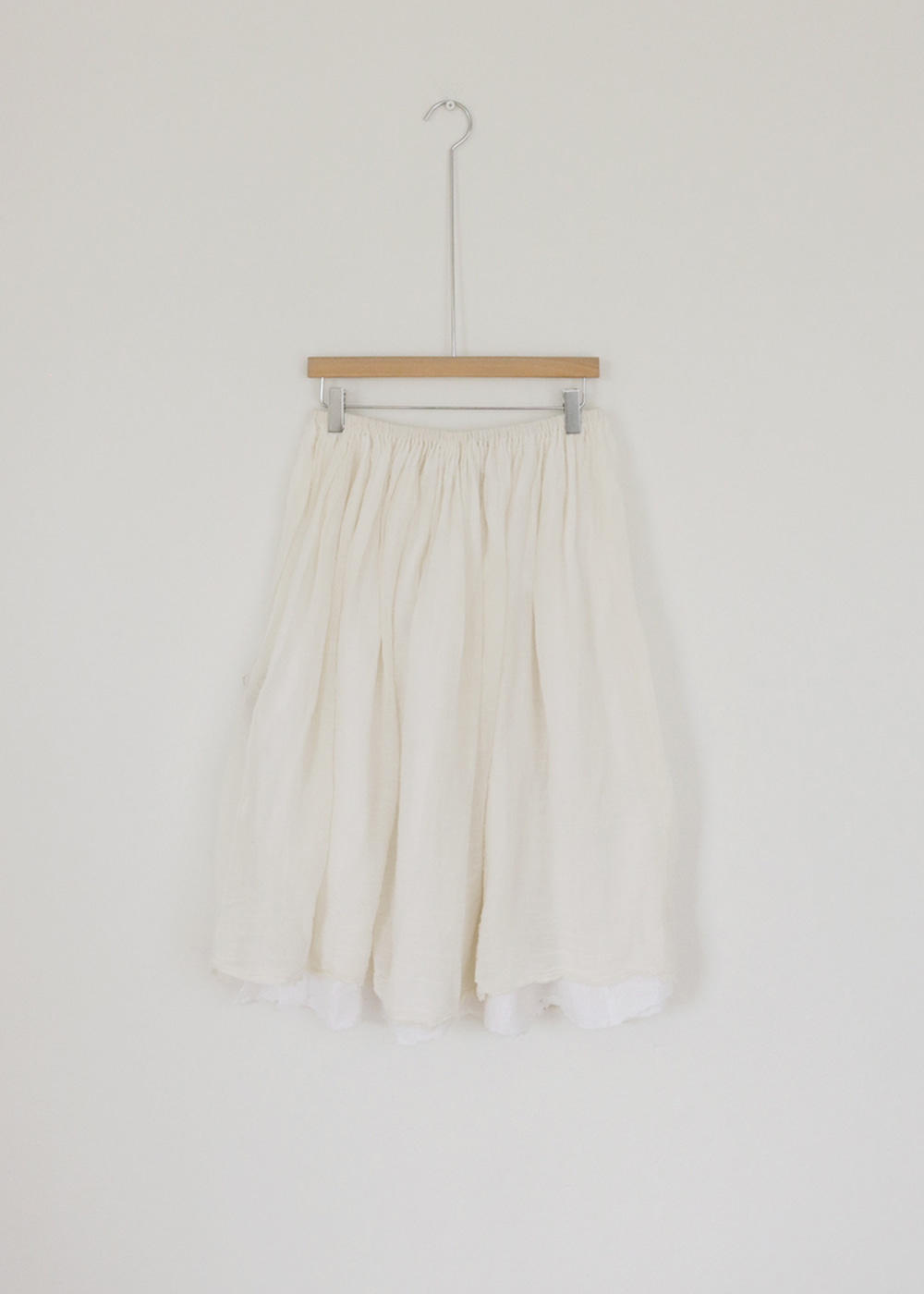 DOUBLE LAYERED GATHERED SKIRT